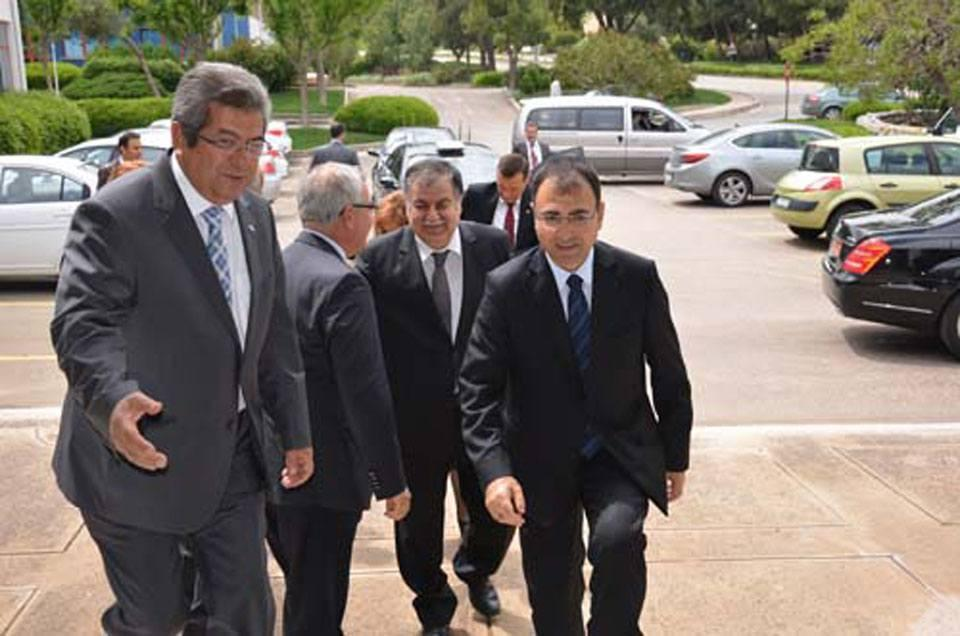IZMIR GOVERNOR IMPRESSED WITH ESBAS AND AEGEAN FREE ZONE