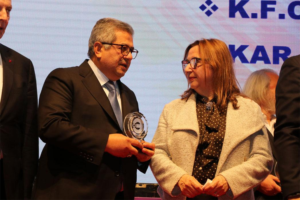 ESBAŞ RECEIVES TWO AWARDS FOR PERFORMANCE ON INVESTMENT AND TAX